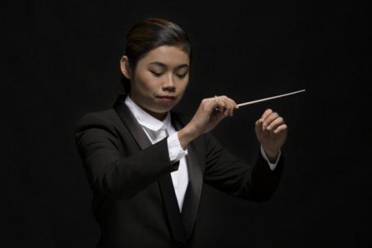 Dirigente Chan haalt beste naar boven uit Rotterdams Philharmonisch